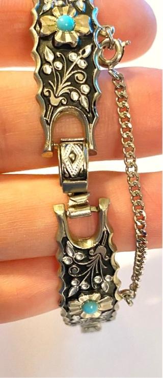 pre owned, Vintage Ornate Bracelet 7 1/2 in.