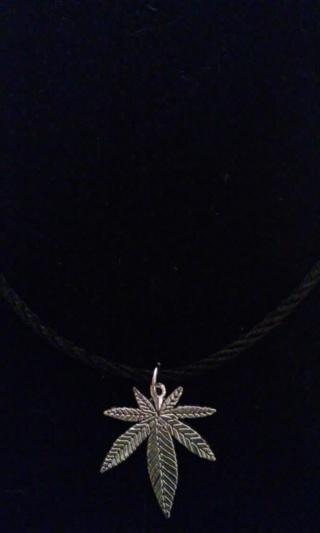 New! Freedom! Tibetan silver sweet leaf marijuana necklace