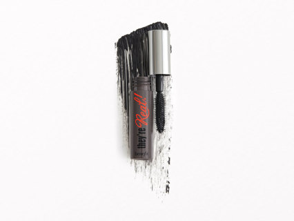 BRAND NEW! BENEFIT COSMETICS THEY'RE REAL! LENGTHENING MASCARA IN JET BLACK! FREE SHIPPING!