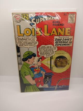SUPERMAN'S GIRLFRIEND LOIS LANE NO.32