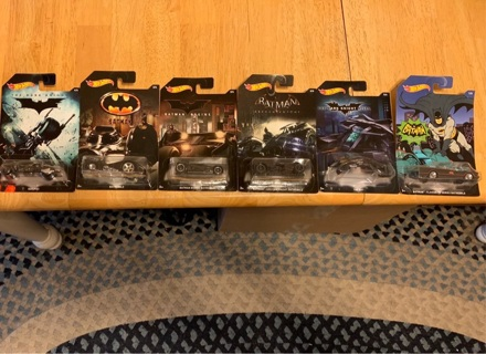 LOT OF 6 BATMAN HOTWHEELS CARS