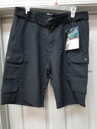 NWT! Black PLUGG Shorts w/Belt Size 32 Plugg Jean's Co. (Fabric is Naturally Quick Drying)