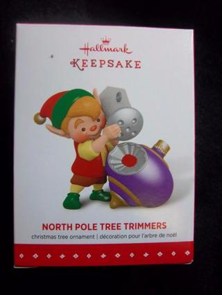 "NEW - $14.95 Retail ~ Hallmark Keepsake ""NORTH POLE TREE TRIMMERS"" Elf Sprinkling Glitter FREE SHIP"