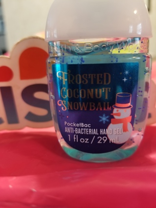 Bath & Body Works Frosted Coconut Snowball Hand Sanitizer new