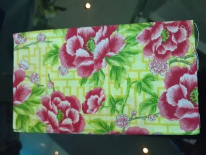 (1) Fat Quarter- Fabric Piece- for sewing crafts