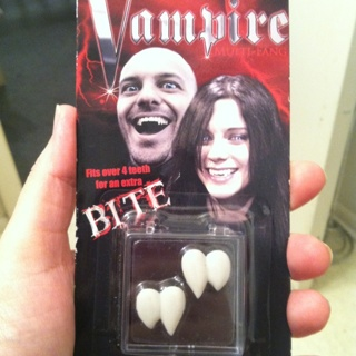 Free: Vampire Fangs That Mold To Your Teeth With Hot Wax Beads
