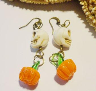 Handmade Halloween Earrings with Lampwork Glass Pumpkins