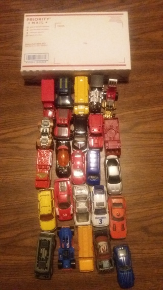 1 small flatrate box of mixed toy cars free shipping