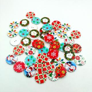 50Pcs Colorful Wood 2 Hole Buttons Christmas Pattern Sewing Scrapbooking