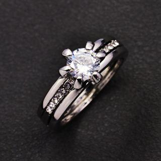 2Pc Engagement/Wedding Band Set. 18k White Gold filled. Size 6, 7, 8