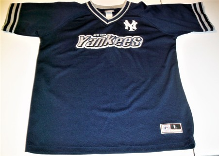 new arrival fbae6 b55ba Free: MLB NY Yankees Pullover V-neck Jersey - size L (16-18 ...