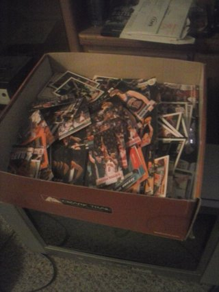 assorted sports cards 2500 or more