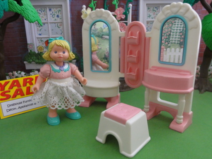 Wondrous Free Fisher Price Loving Family Little Tikes Playskool Gmtry Best Dining Table And Chair Ideas Images Gmtryco