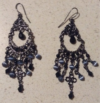Dangle Earrings with Cats eye and Black Stone/Beads