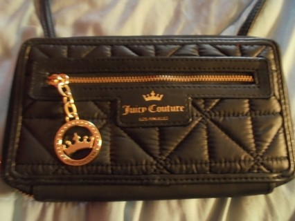JUICY COUTURE PURSE WALLET  LIKE NEW!