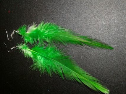HANDCRAFTED GREEN FEATHER EARRINGS
