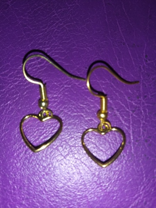 New! Romantic gold heart earrings