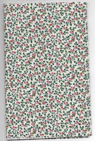 "100% Cotton Fabric Quilting/Crafts Fat Quarter 18"" x 22"" Cherry Red Design"