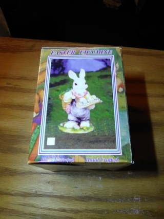 Easter *Figurine (Happy Easter) Box included !!!