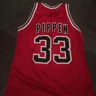 Scottie Pippen Champion Bulls Size 40 Jersey > FREE SHIPPING!