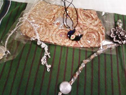 L@@K Handmade Bag with suncatcher and silver plated necklace