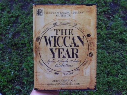 THE WICCAN YEAR Spells Rituals Holiday Celebrations ☽✪☾ Wicca Witchcraft Magick Witch FREE SHIPPING