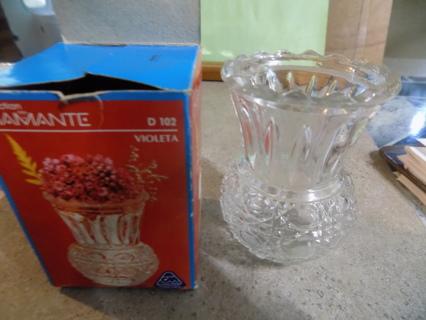 Diamonte Brazil pressed glass miniatures vase in original box