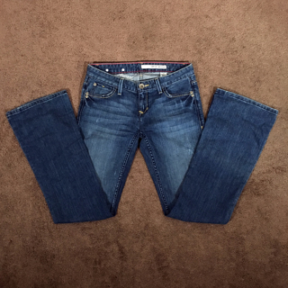 DKNY Women's Boot Cut Stretch Denim Low Rise Jeans Size 26R