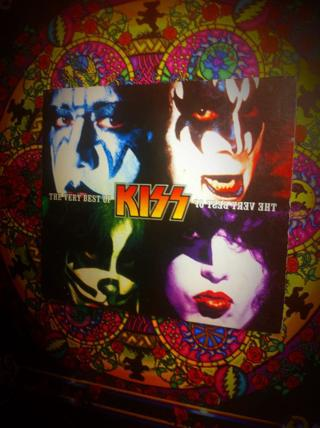 KISS The Very Best of KISS NEVER PLAYED