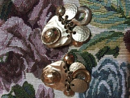 Vintage clip on earring. 1970 Free shipping