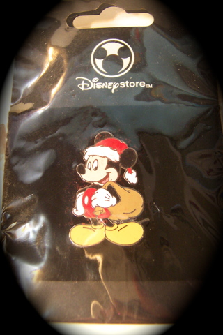 EARRINGS AND DISNEY TRADING PIN MICKEY CHRISTMAS BOTH BRAND NEW NEVER USED