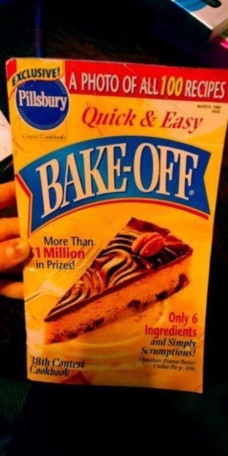 "Pillsbury cookbook ""bake off"" (B-4313)"