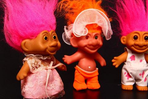 free five different troll dolls vintage toys treasure trolls orange