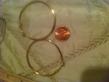 Lovely Gold hoop earrings