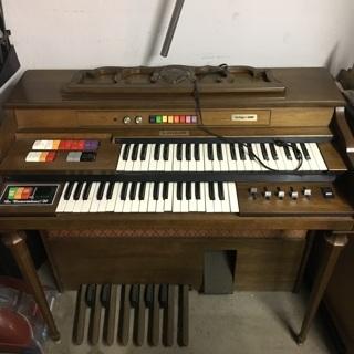 Kimball electric organ swinger 600