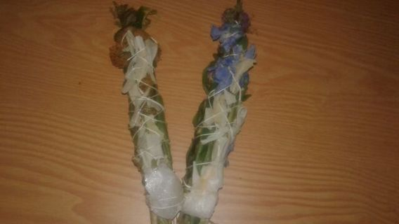 Sage Smudge Wand with Quartz Crystal w/ GIN BONUS