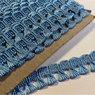 1 yard sweet Vintage triangle fringed trim in powder blue >> GIN for 3 yards!