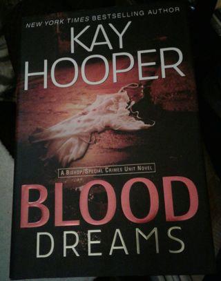 Blood Dreams - By Kay Hooper