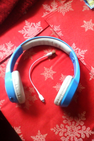 Vivitar bluetooth wireless headphones with mic