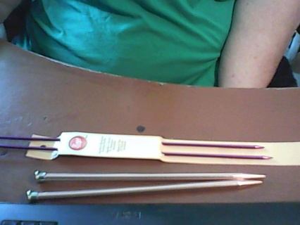 @@ CHECK IT OUT I HAVE 2 KNITTING NEEDLE'S FOR AUCTION@@