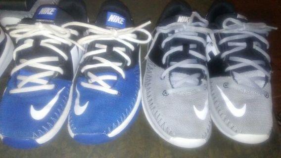 2 pairs of nike sneakers