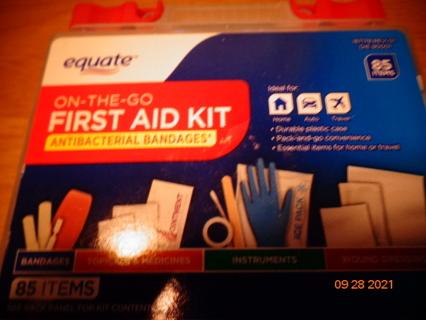 85 piece 1st aid kit