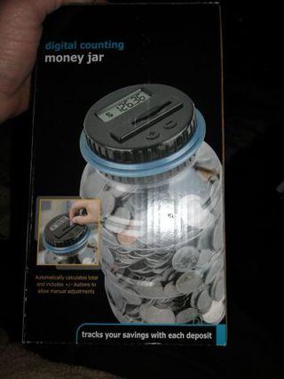 DIGITAL COUNTING MONEY JAR=Free shipping