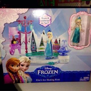 Disney Frozen Elsa Skating Rink