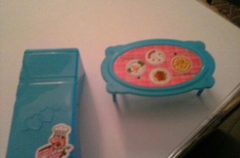 2PCS OF DOLL HOSE FURNITURE...REFRIGERATER AND DINING ROOM TABLE..BRAND NEW NEVER USED