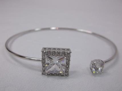 Delicate Silvertone Bracelet Cuff w Beautiful Clear Stones
