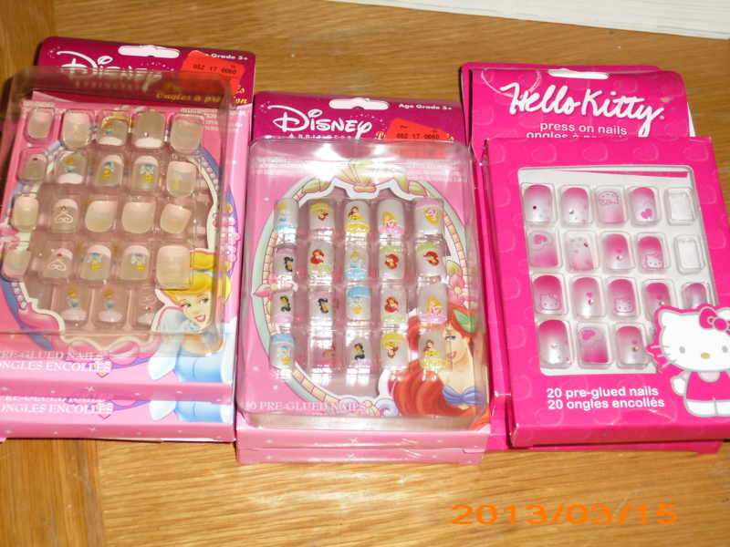 Free: Lot of little girls fake nails, Hello Kitty and Disney ...