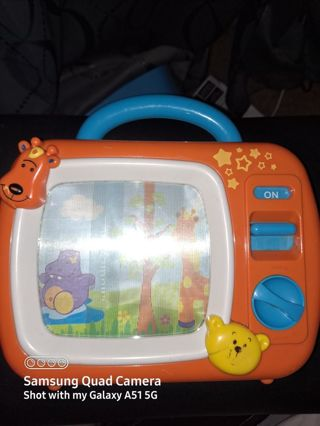 Excellent condition TV music Box Baby or toddle Free shipping this is the last wk for this
