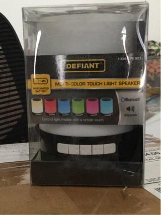 Defiant Bluetooth Speaker (White)