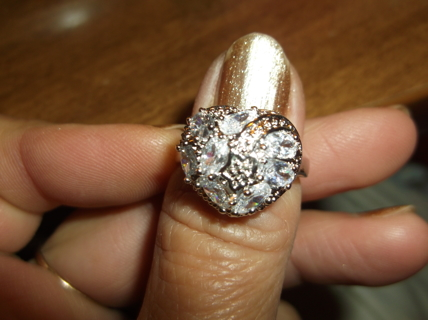 !!!! NWOT. STUNNING STERLING SILVER HEART RING. STAMPED .925. SIZE 8 !!!!